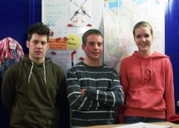 Lasse Jannsen (m.) und Inga Klose (r.) sind die neuen Jugendwarte. Lars Wartenberg (l.) ist ihr Vorgänger